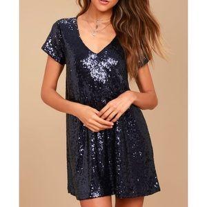 "Lulu's ""Light up the Night"" blue sequin dress"